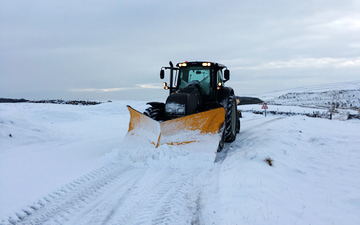 Askew forestry with Gritting and snow clearance at Lawkland