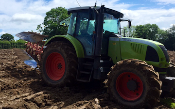 Bright's agri contracting with Plough at Barn Park