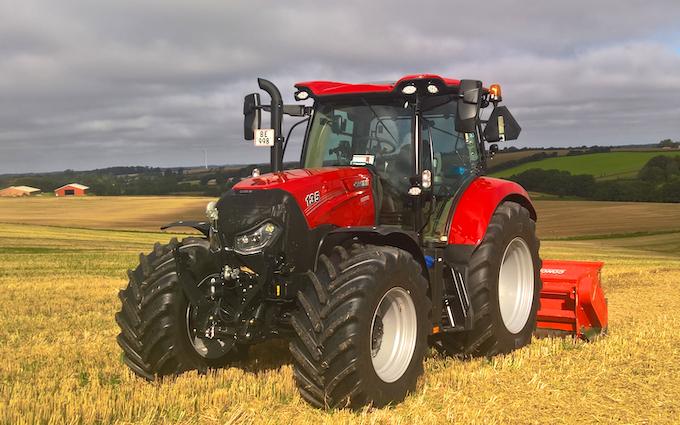 Midtgræs med Traktor 101-200 hk ved Silkeborg