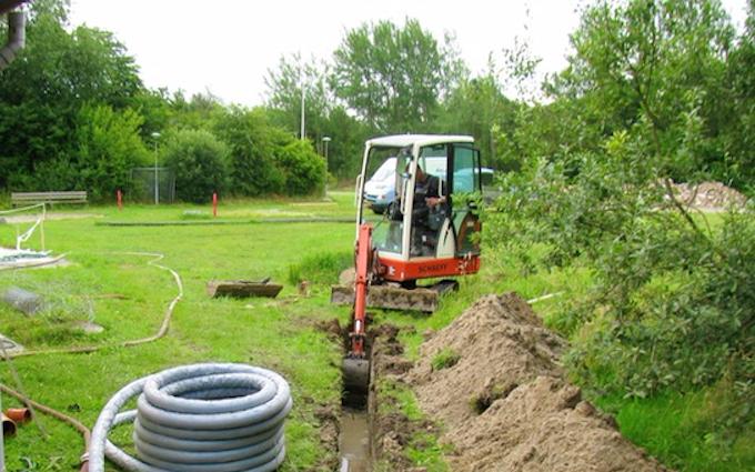 Døllefjelde maskinstation a/s med Minigraver ved Kettinge
