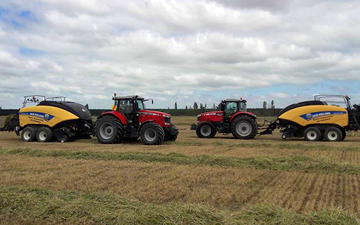 Searle contracting ltd  with Large square baler at Hororata