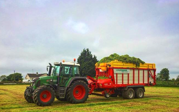 Marshall agri contracts  with Forage harvester at Parkgate