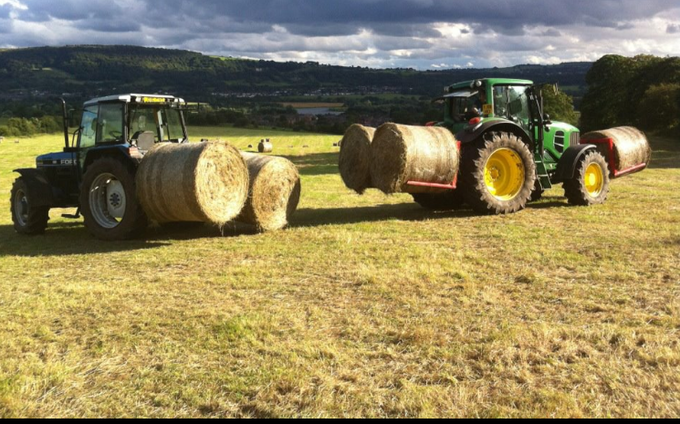 F. fryer & sons  with Bale chaser at Ilkley