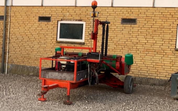 Skodsbøl maskinstation med Mini-bigballepresser ved Broager