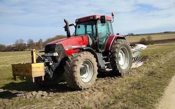 Thorsmark agro a/s med Plov ved Randers