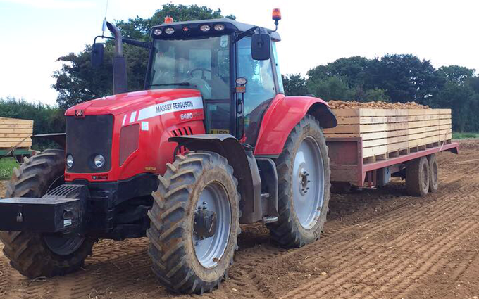 Jwf edmundson contracts.  with Tractor 100-200 hp at Dallinghoo