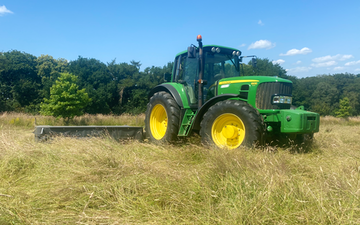 Peascliff contracting  with Mower at Barkston