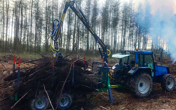 Wiltshire countryside services  with Forestry trailer at Manningford Abbots