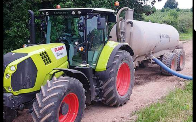 M crump & son with Slurry spreader/injector at Worcester
