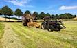 Martins græs og haveservice med Småballepresser ved Randers