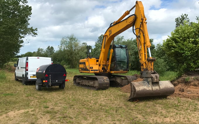 J turner contracting with Excavator at Coningsby
