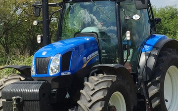 Bailey farm services  with Tractor 100-200 hp at United Kingdom