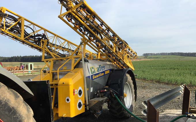 Forth crop solutions with Fertiliser application at United Kingdom