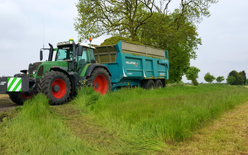 Stuart m ranby agriculture  with Silage/grain trailer at Nottinghamshire