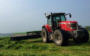 Wildwoods contractors with Mower at United Kingdom