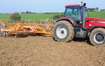 Tony bell with Disc harrow at Kircubbin