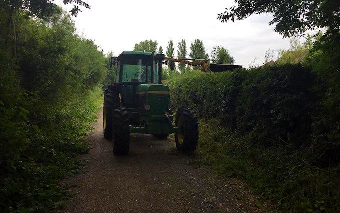 Oliver berti forestry and firewood  with Hedge cutter at Breachwood Green