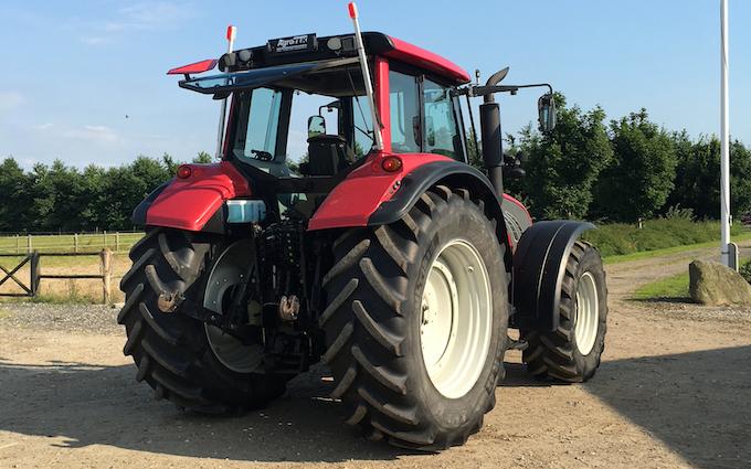 M.s.entreprenør & landbrugsservice  med Traktor 201-300 hk ved Fredericia