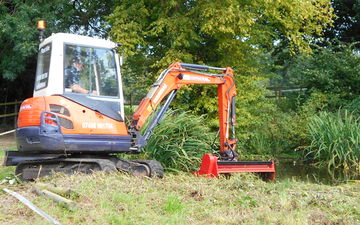 Cru contractors ltd with Hedge cutter at Hadleigh