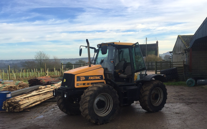 H+s agricultural contractor with Tractor 100-200 hp at Corscombe