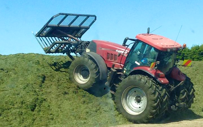 Chamberlain agriculture ltd with Buckraking at Sheffield