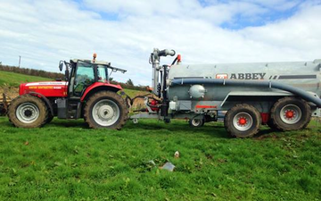 Hinton contracting ltd with Slurry spreader/injector at Stratford