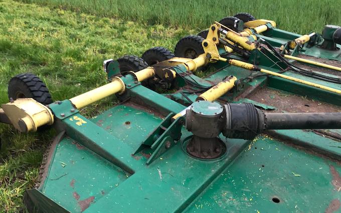 Schultz anlæg & vedligehold med Græsslåmaskine ved Kolding