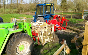 Spurline engineering ltd with Log splitter at Wylye