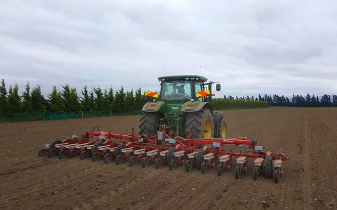 Chapman agriculture ltd  with Precision drill at Cust