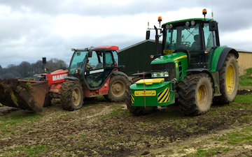 L. j. meaden  with Tractor 100-200 hp at United Kingdom