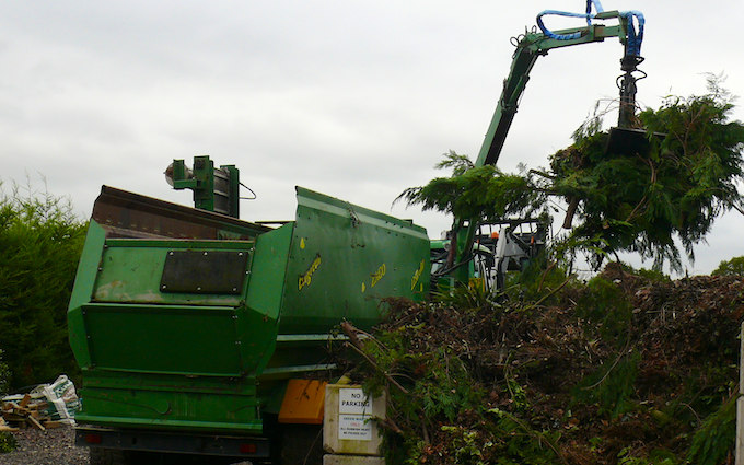 Bennett's contracting with Mulcher at Doddinghurst Road