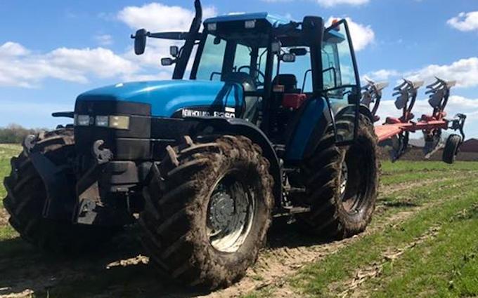 Flk maskinstation  med Traktor 101-200 hk ved Padborg
