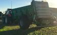 M.s.entreprenør & landbrugsservice  med Møgspreder ved Fredericia