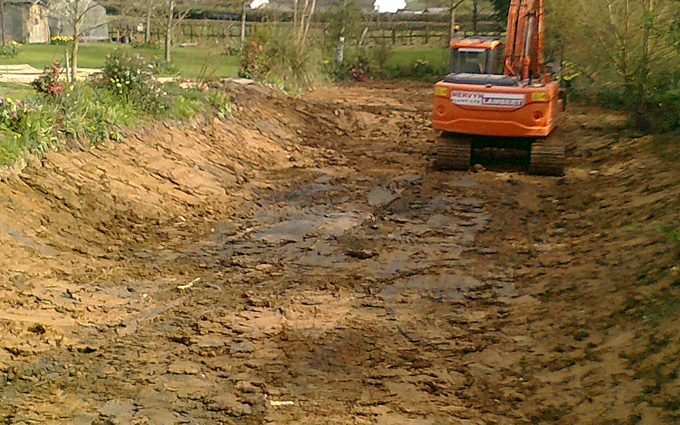 Gm plant with Excavator at Great Dunmow