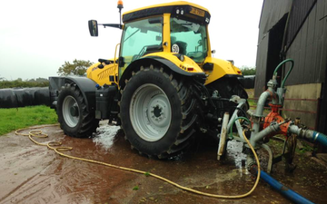 Kelly agri & groundwork contracts  with Slurry spreader/injector at Draperstown