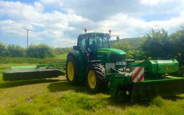 Tom bardwell contracting  with Mower at Weston-super-Mare