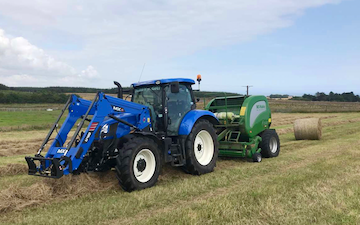 Dubby agri with Round baler at Newburgh