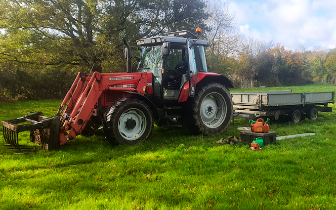 Acc contracting with Tractor 100-200 hp at Bramley
