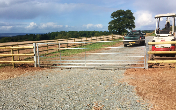 N.a. bufton contracting with Fencing at Leominster