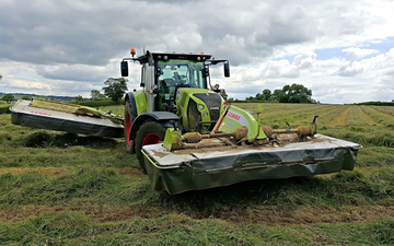 A&s eggleston with Mower at United Kingdom