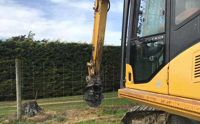 C j phillips contracting with Excavator at Thornbury