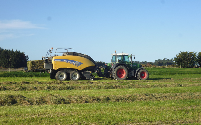 Mckenzie brooker contracting  with Large square baler at Oxford