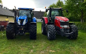 Ka fiber aps med Traktor 201-300 hk ved Fuglebjerg