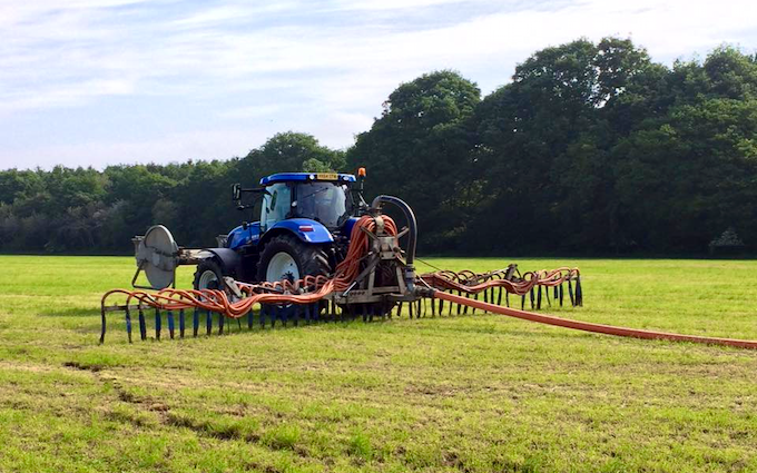 Southern slurry  with Slurry spreader/injector at Abinger Hammer