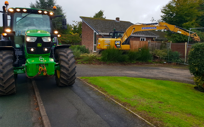 Ashbrook warrington  with Tractor 100-200 hp at United Kingdom