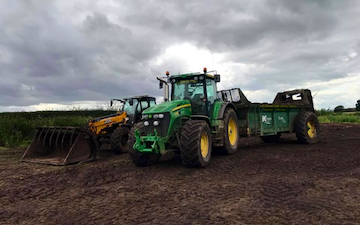 T&b agricultural contractors ltd with Manure/waste spreader at United Kingdom