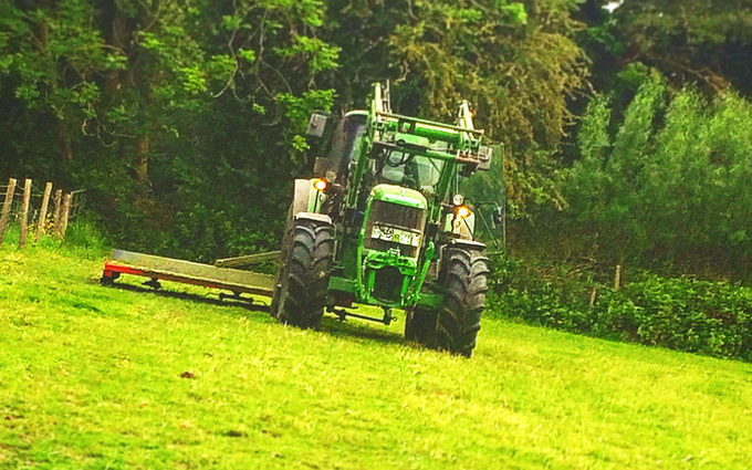 Rb agri services with Topper at New Alresford