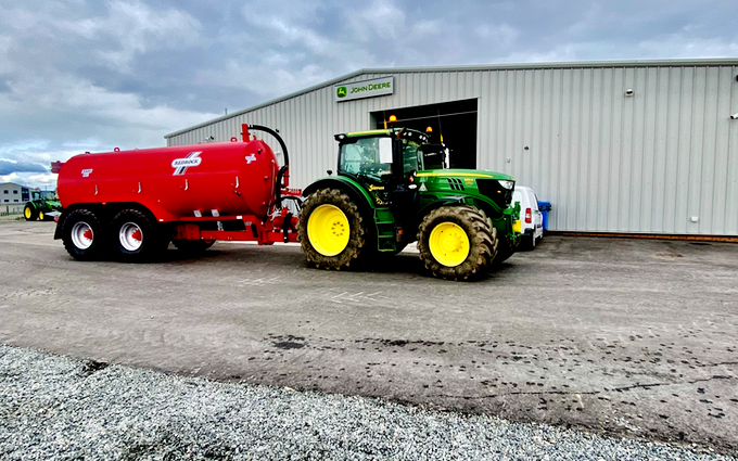 Mike dowling contracting with Slurry spreader/injector at United Kingdom