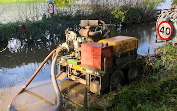 Manford farm contractors  with Slurry pump at Oswestry