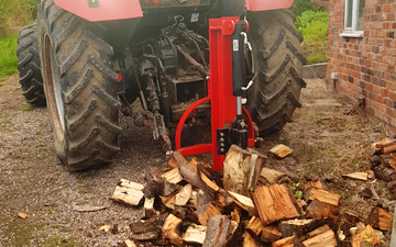 Oakes  with Log splitter at Belper